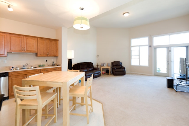 Photo 2: 454 2750 55 Street in Edmonton: Zone 29 Condo for sale : MLS® # E4074894
