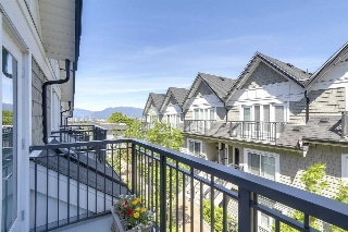 "Main Photo: 24 5655 CHAFFEY Avenue in Burnaby: Central Park BS Townhouse for sale in ""TOWNEWALK"" (Burnaby South)  : MLS(r) # R2191781"