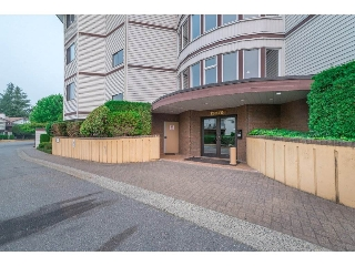 Main Photo: 404 13876 102 AVENUE in Surrey: Whalley Condo for sale (North Surrey)  : MLS® # R2202605