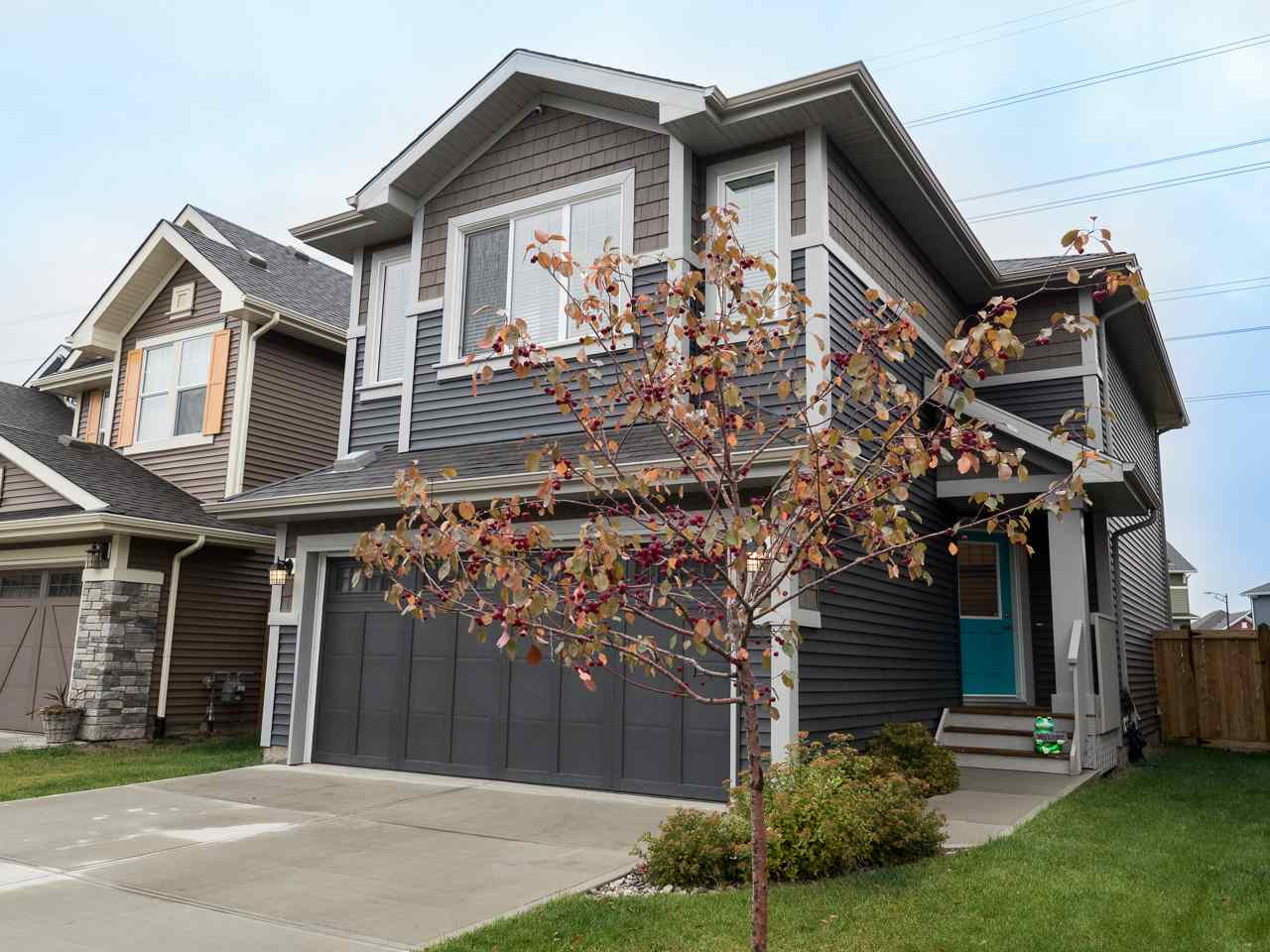 Main Photo: 4315 CRABAPPLE Crescent in Edmonton: Zone 53 House for sale : MLS® # E4083051