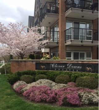 "Main Photo: 418 17769 57 Avenue in Surrey: Cloverdale BC Condo for sale in ""Cloverdowns Estate"" (Cloverdale)  : MLS®# R2249990"