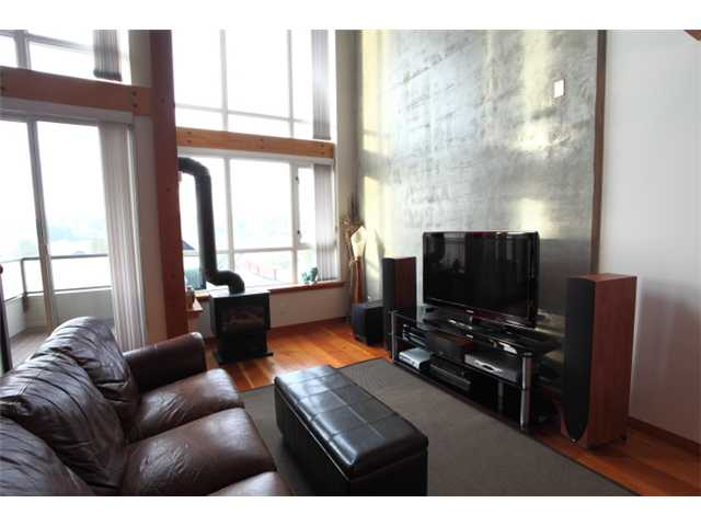 Photo 3: 304 7 RIALTO Court in New Westminster: Quay Condo for sale : MLS® # V916596