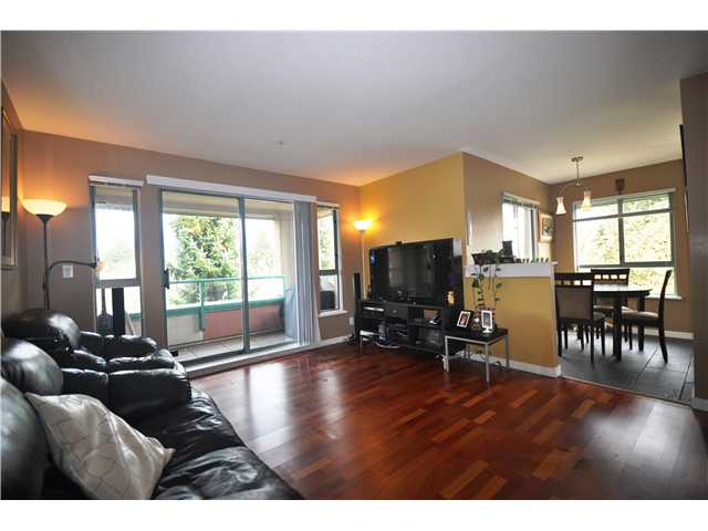 Main Photo: 316 223 MOUNTAIN Highway in North Vancouver: Lynnmour Condo for sale : MLS® # V944047