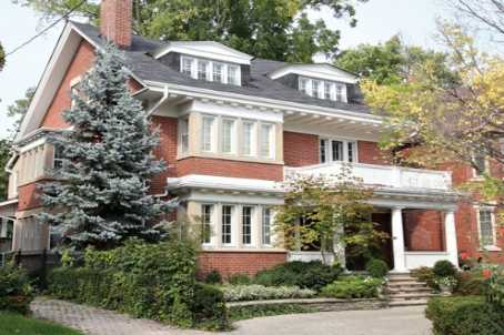 Main Photo: 8 Binscarth Road in Toronto: Rosedale-Moore Park Freehold for sale (Toronto C09)  : MLS(r) #  C1961025