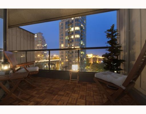 Main Photo: # 701 1040 PACIFIC ST in : West End VW Condo for sale : MLS® # V794300