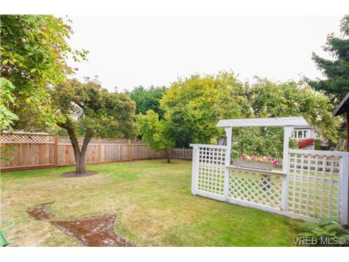 Photo 20: 1057 Monterey Avenue in VICTORIA: OB South Oak Bay Single Family Detached for sale (Oak Bay)  : MLS(r) # 342614