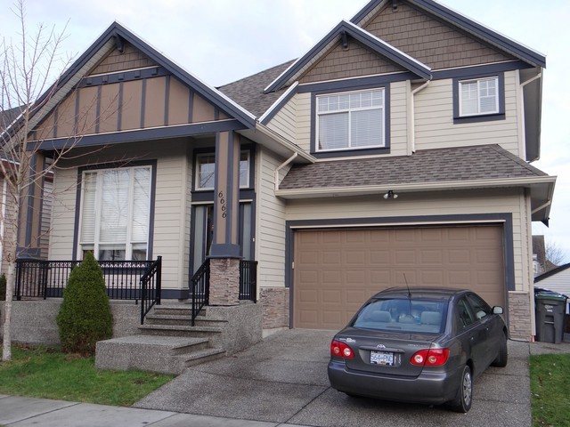 Main Photo: 6666 126 Street in Surrey: West Newton House for sale : MLS® # F1428013