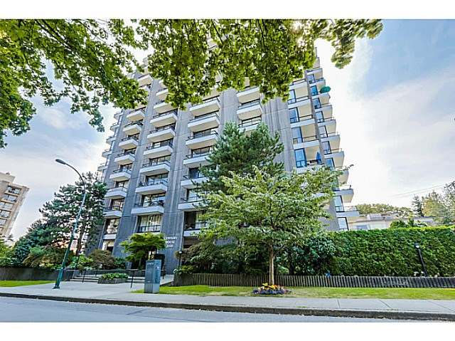 "Main Photo: 604 2370 W 2ND Avenue in Vancouver: Kitsilano Condo for sale in ""CENTURY HOUSE"" (Vancouver West)  : MLS® # V1139170"