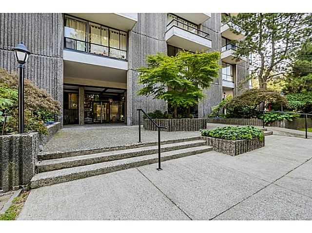 "Photo 2: 604 2370 W 2ND Avenue in Vancouver: Kitsilano Condo for sale in ""CENTURY HOUSE"" (Vancouver West)  : MLS(r) # V1139170"