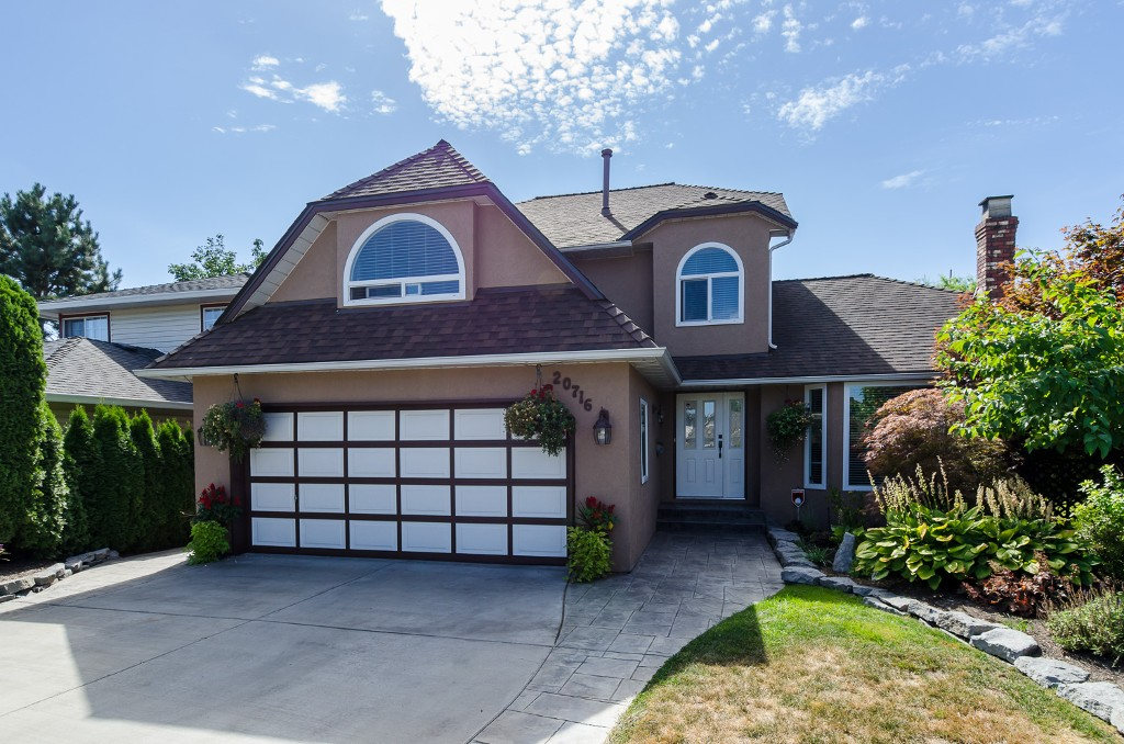 Main Photo: 20716 51ST Avenue in Langley: Langley City House for sale : MLS® # F1450329