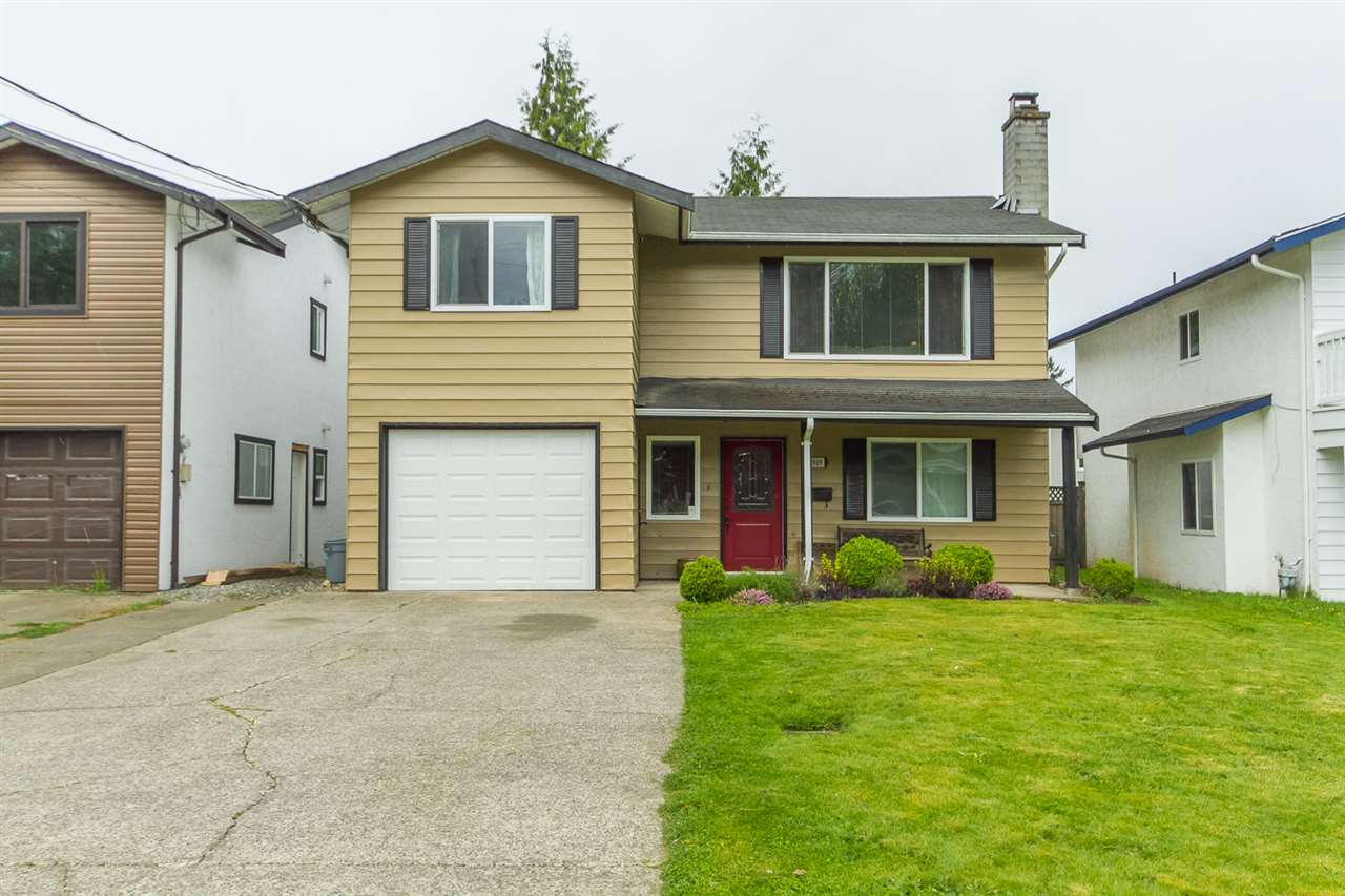 Main Photo: 2909 BABICH Street in Abbotsford: Central Abbotsford House for sale : MLS(r) # R2056540
