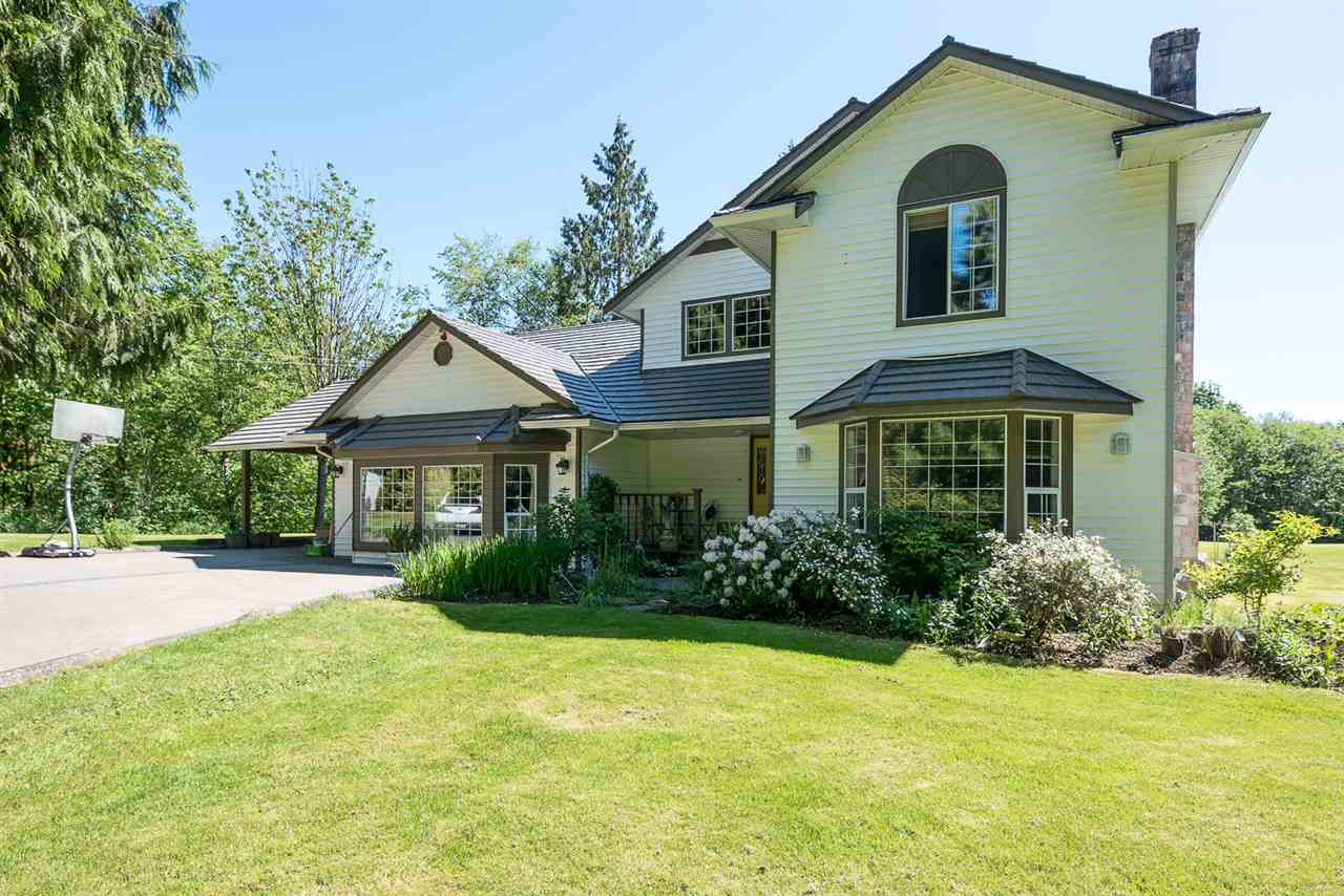 "Main Photo: 4 29605 MCTAVISH Road in Abbotsford: Bradner House for sale in ""Cedar Hills Estates"" : MLS® # R2065323"
