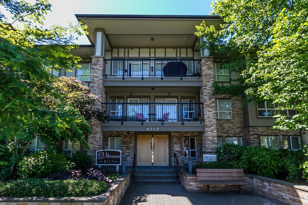 "Photo 10: 506 8717 160 Street in Surrey: Fleetwood Tynehead Condo for sale in ""Vernazza"" : MLS(r) # R2066443"