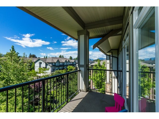 "Photo 37: 506 8717 160 Street in Surrey: Fleetwood Tynehead Condo for sale in ""Vernazza"" : MLS(r) # R2066443"