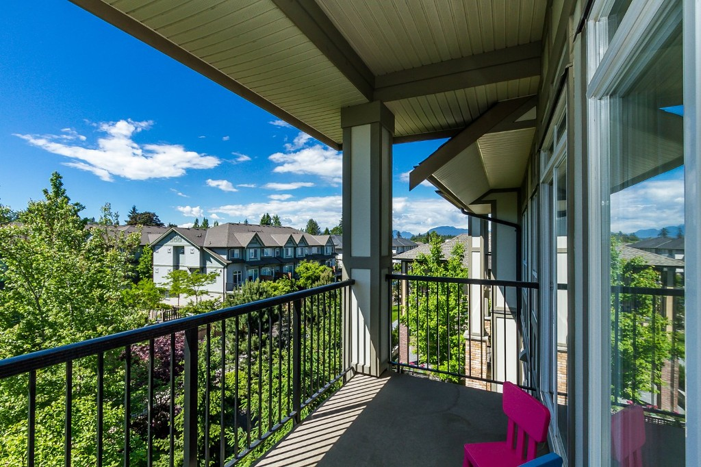 "Photo 24: 506 8717 160 Street in Surrey: Fleetwood Tynehead Condo for sale in ""Vernazza"" : MLS(r) # R2066443"
