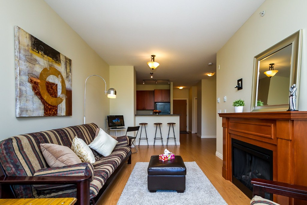 "Photo 16: 506 8717 160 Street in Surrey: Fleetwood Tynehead Condo for sale in ""Vernazza"" : MLS(r) # R2066443"