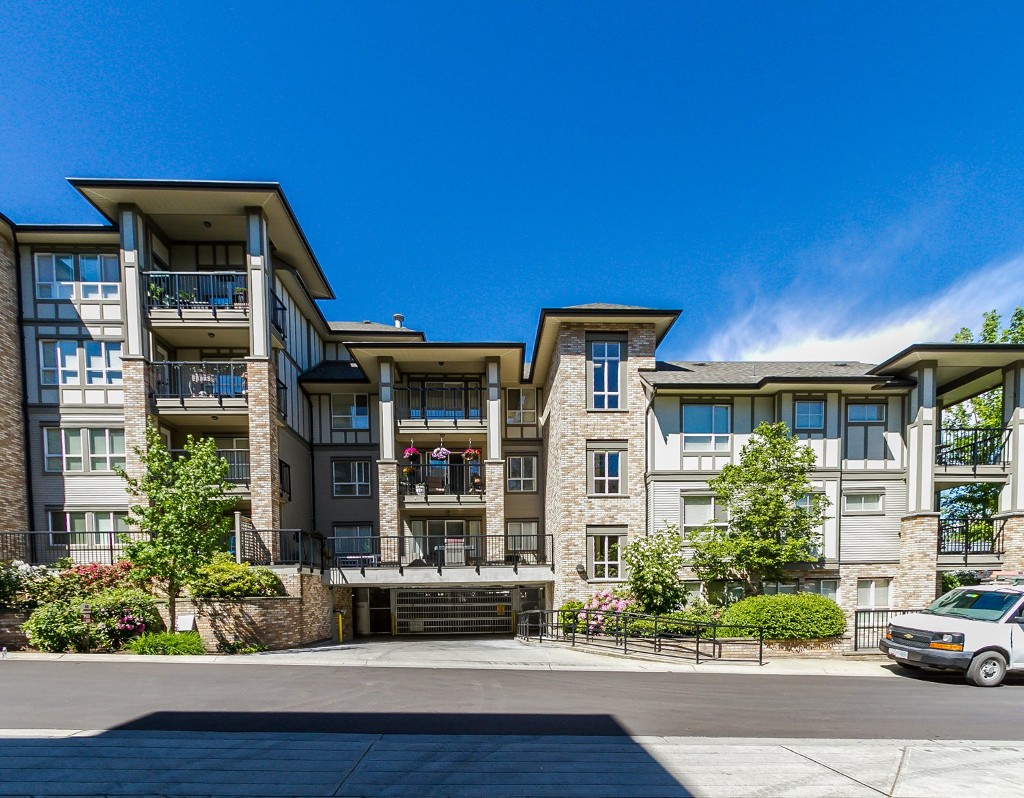 "Photo 6: 506 8717 160 Street in Surrey: Fleetwood Tynehead Condo for sale in ""Vernazza"" : MLS(r) # R2066443"