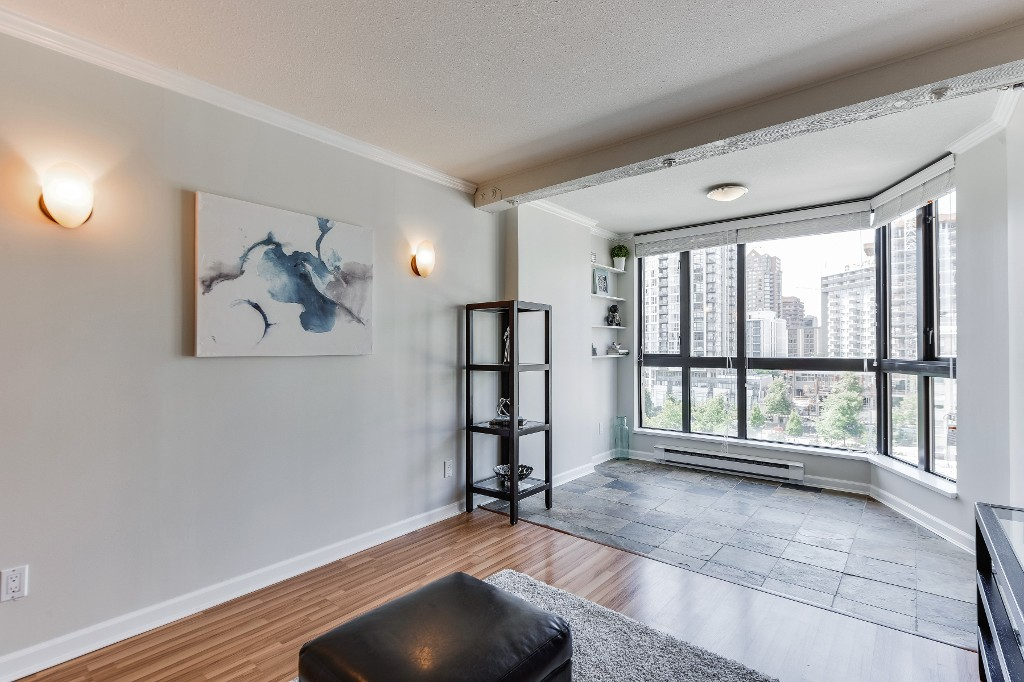 "Photo 19: 906 488 HELMCKEN Street in Vancouver: Yaletown Condo for sale in ""Robinson Tower"" (Vancouver West)  : MLS(r) # R2086319"