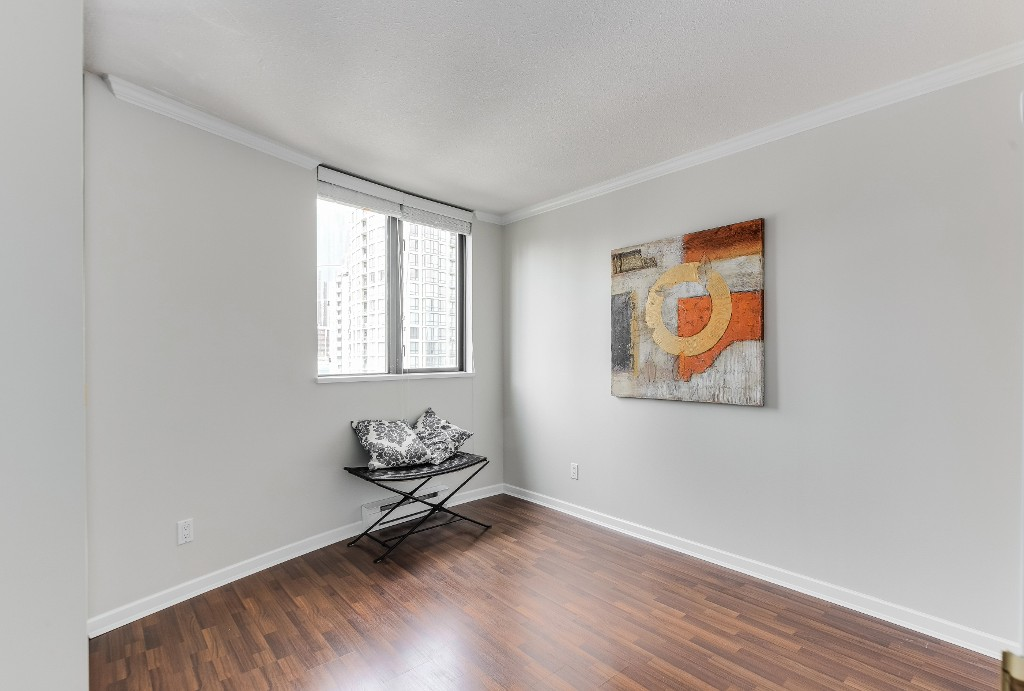 "Photo 10: 906 488 HELMCKEN Street in Vancouver: Yaletown Condo for sale in ""Robinson Tower"" (Vancouver West)  : MLS(r) # R2086319"