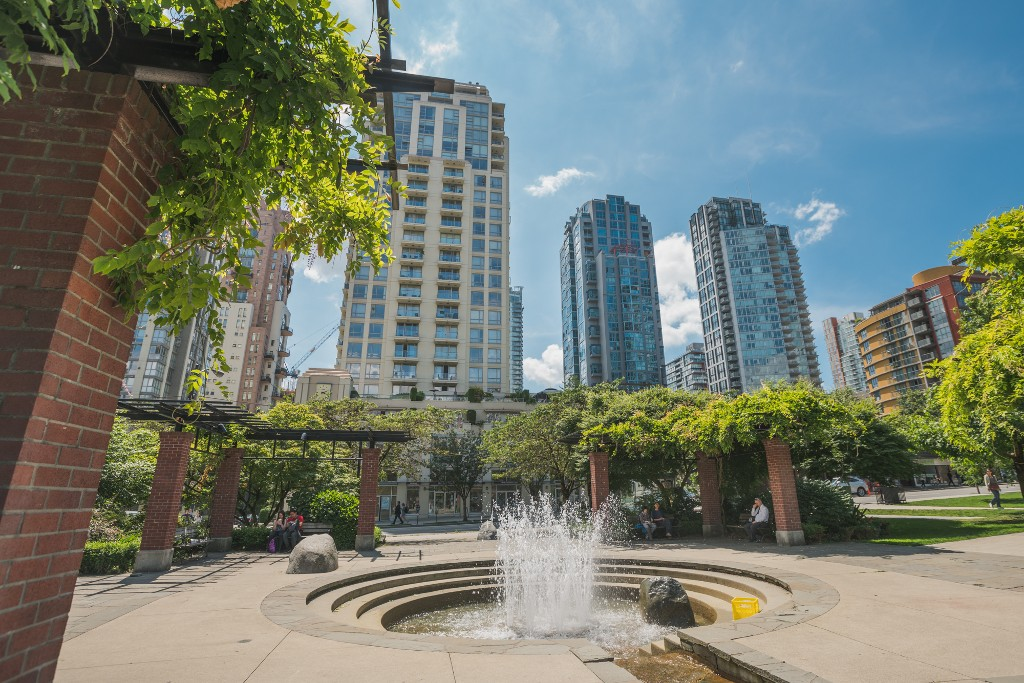 "Photo 29: 906 488 HELMCKEN Street in Vancouver: Yaletown Condo for sale in ""Robinson Tower"" (Vancouver West)  : MLS(r) # R2086319"