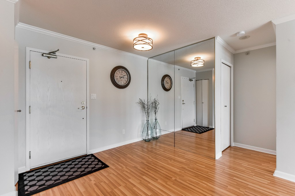 "Photo 6: 906 488 HELMCKEN Street in Vancouver: Yaletown Condo for sale in ""Robinson Tower"" (Vancouver West)  : MLS(r) # R2086319"
