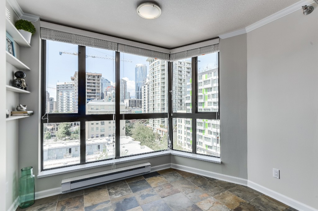 "Photo 18: 906 488 HELMCKEN Street in Vancouver: Yaletown Condo for sale in ""Robinson Tower"" (Vancouver West)  : MLS(r) # R2086319"