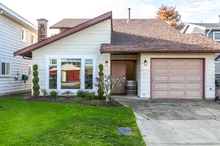 "Main Photo: 10521 HOLLYBANK Drive in Richmond: Steveston North House for sale in ""THE HOLLIES"" : MLS®# R2123303"
