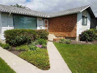 Main Photo: 16616 90 Avenue in Edmonton: Zone 22 House for sale : MLS(r) # E4069723
