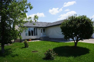 Main Photo: 4841 54 Street: Bruderheim House for sale : MLS(r) # E4071342