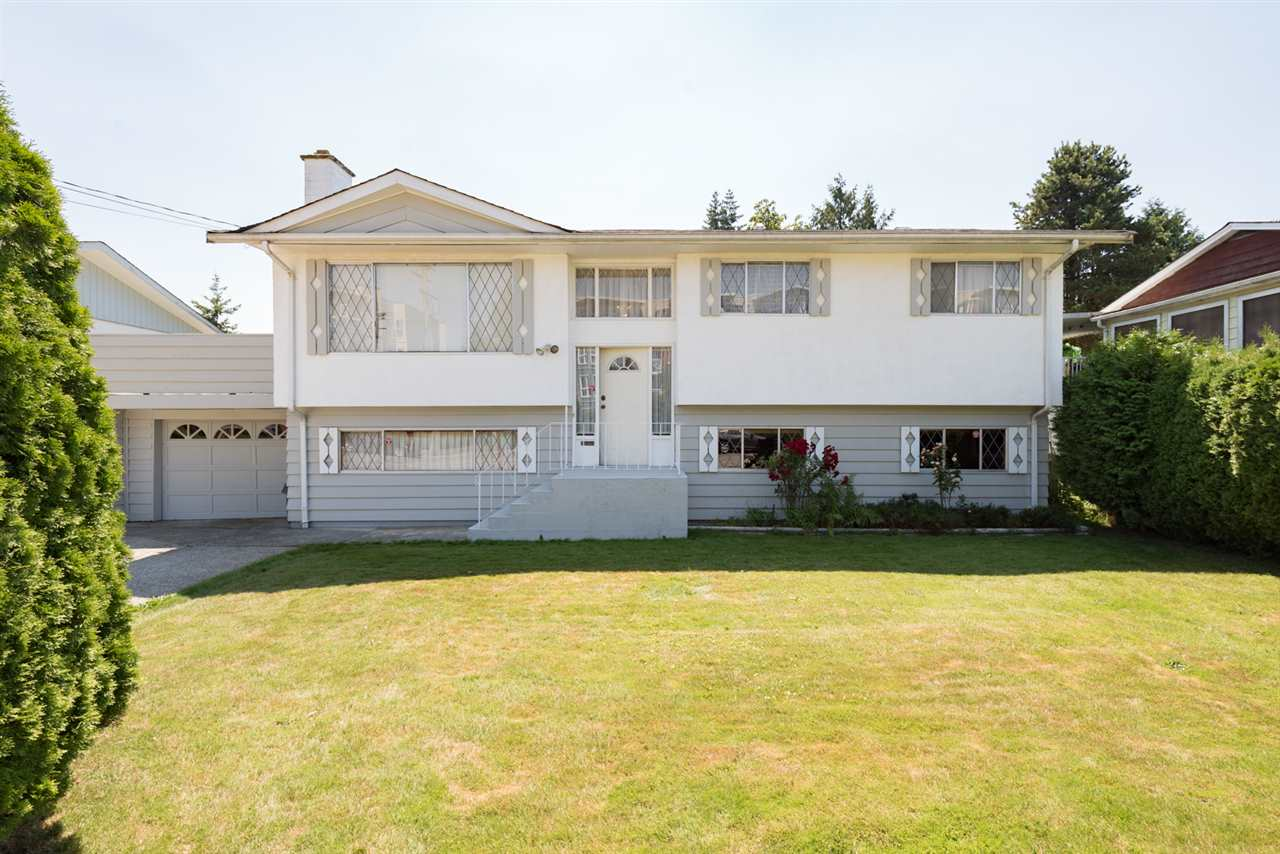 Main Photo: 20258 53 Avenue in Langley: Langley City House for sale : MLS(r) # R2190480