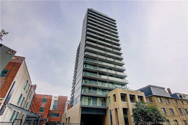 Main Photo: 1713 105 George Street in Toronto: Moss Park Condo for lease (Toronto C08)  : MLS(r) # C3882678