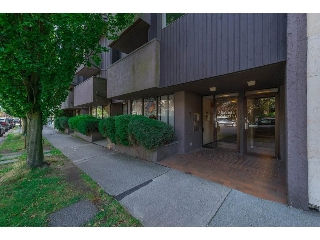 "Main Photo: 203 3255 HEATHER Street in Vancouver: Cambie Condo for sale in ""Alta Vista Court"" (Vancouver West)  : MLS® # R2197183"