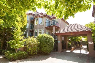 "Main Photo: 209 580 TWELFTH Street in New Westminster: Uptown NW Condo for sale in ""THE REGENCY"" : MLS® # R2199088"