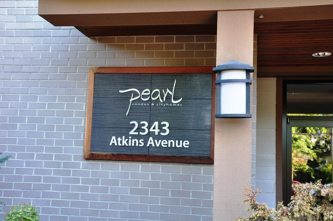 "Main Photo: 103 2343 ATKINS Avenue in Port Coquitlam: Central Pt Coquitlam Condo for sale in ""THE PEARL"" : MLS® # R2203416"