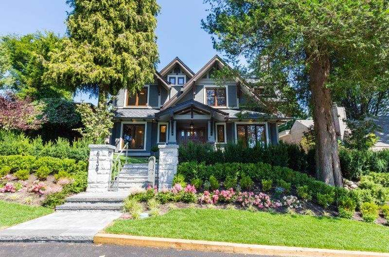 Main Photo: 6138 CEDARHURST Street in Vancouver: Kerrisdale House for sale (Vancouver West)  : MLS® # R2207693