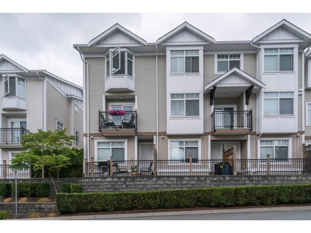 Main Photo: 37 19551 66 in Surrey: Clayton Townhouse for sale : MLS®# R2205805