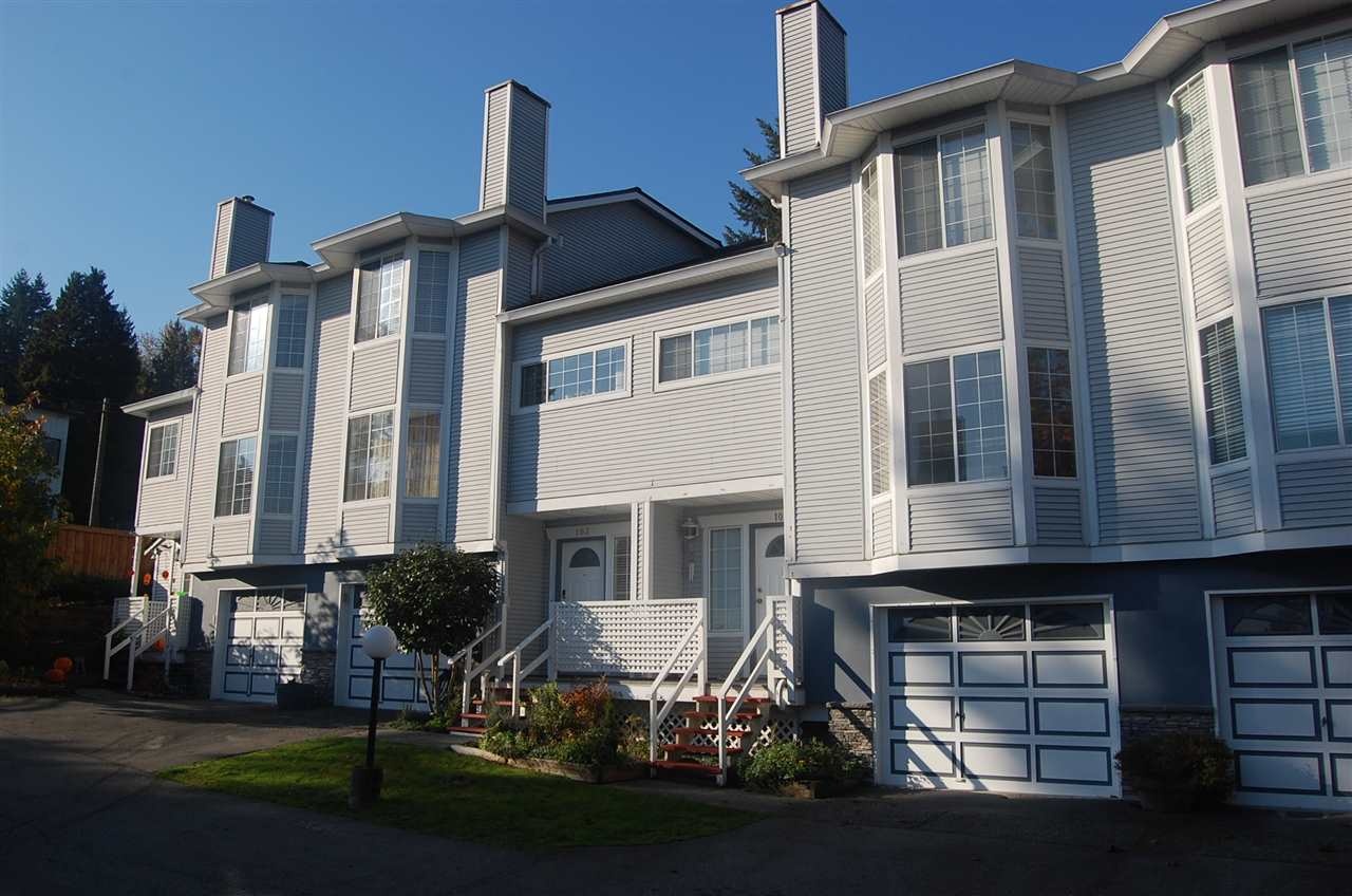 "Main Photo: 103 2003 CLARKE Street in Port Moody: Port Moody Centre Townhouse for sale in ""WILLOWS"" : MLS®# R2218059"