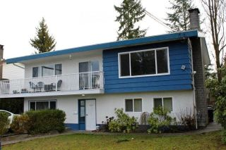 "Main Photo: 948 GLENAYRE Drive in Port Moody: College Park PM House for sale in ""GLENAYRE"" : MLS® # R2233765"