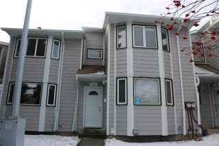 Main Photo:  in Edmonton: Zone 16 Townhouse for sale : MLS® # E4093778