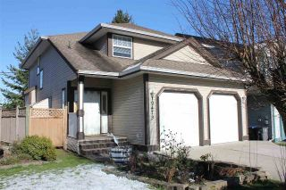 Main Photo: 19473 62 Avenue in Surrey: Cloverdale BC House for sale (Cloverdale)  : MLS® # R2240243