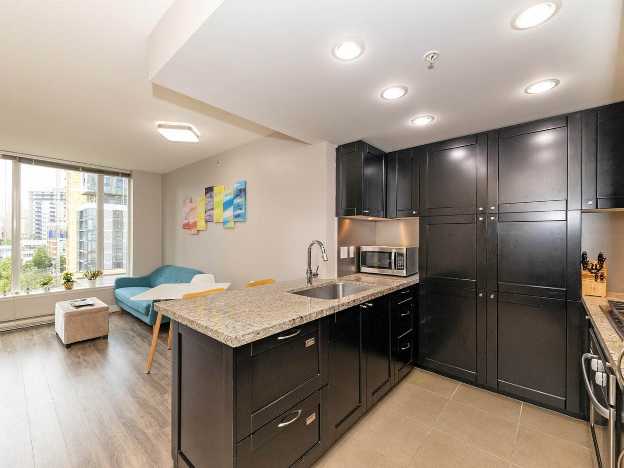 FEATURED LISTING: 901 - 1133 HOMER Street Vancouver