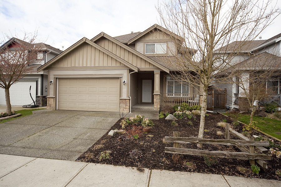 FEATURED LISTING: 7157 196A Street Langley