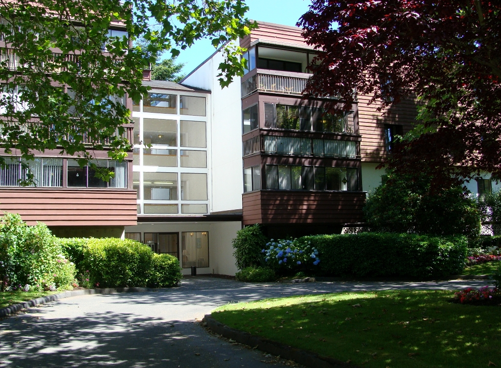 "Photo 2: 320 8880 NO 1 Road in Richmond: Boyd Park Condo for sale in ""APLLE GREENE"" : MLS® # V898589"