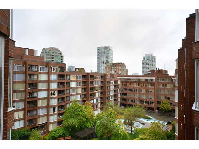 "Photo 10: 710 950 DRAKE Street in Vancouver: Downtown VW Condo for sale in ""ANCHOR POINT II"" (Vancouver West)  : MLS® # V908981"