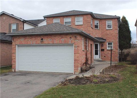 Main Photo: 7 Bellfield Court in Whitby: Pringle Creek House (2-Storey) for sale : MLS® # E3178638
