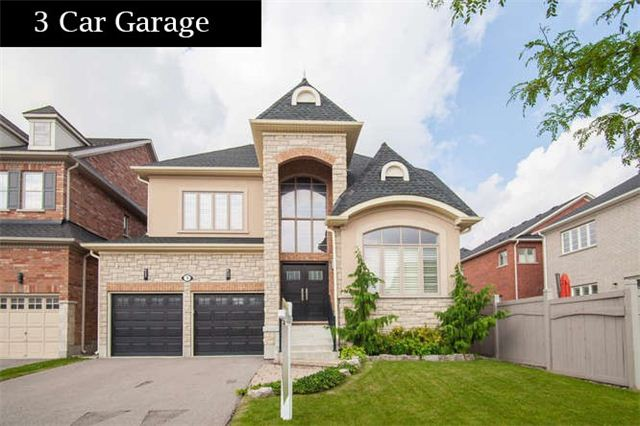 Main Photo: 3 Lindyfalls Drive in Brampton: Bram East House (2-Storey) for sale : MLS(r) # W3262241