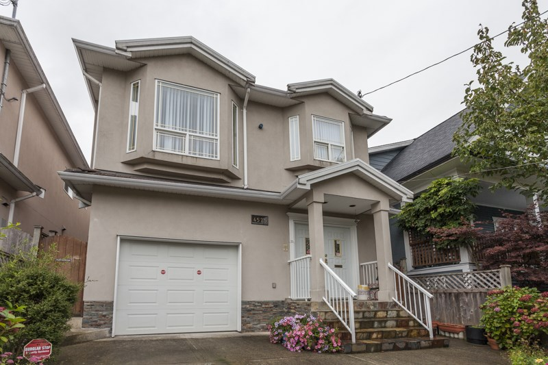 Main Photo: 4525 ST. GEORGE Street in Vancouver: Fraser VE House for sale (Vancouver East)  : MLS®# R2001742