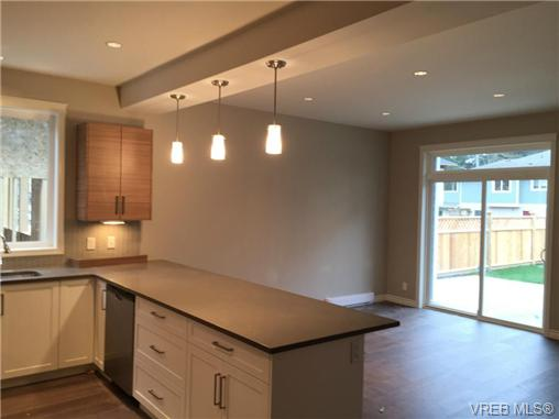 Photo 4: 271 Bellamy Link in VICTORIA: La Thetis Heights Strata Duplex Unit for sale (Langford)  : MLS(r) # 356368