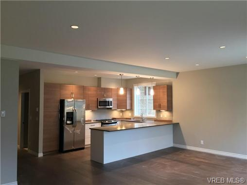 Photo 3: 271 Bellamy Link in VICTORIA: La Thetis Heights Strata Duplex Unit for sale (Langford)  : MLS(r) # 356368