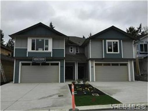 Photo 1: 271 Bellamy Link in VICTORIA: La Thetis Heights Strata Duplex Unit for sale (Langford)  : MLS(r) # 356368